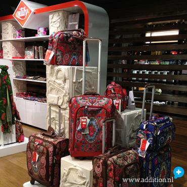 OILILY POP-UP STORE SCHIPHOL