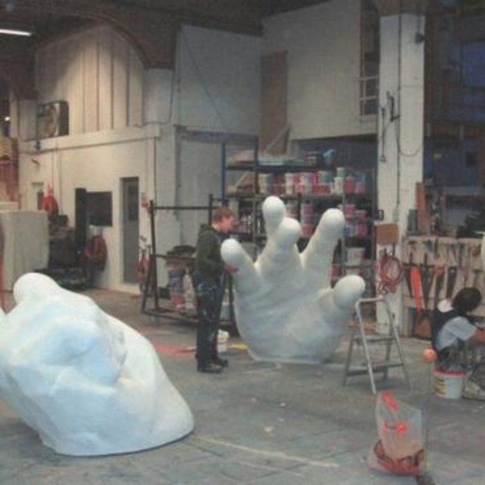 tumb_csm_25__atelier_met_grote_hand_c88052db5ajpg